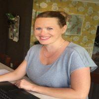 Sarah White copywriter.jpg