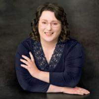 Susan Smyth 300x300.png